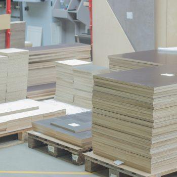 Zugeschnitte Dekorplatten ohne Kanten