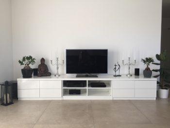 TV Möbel in Weiß hochglanz